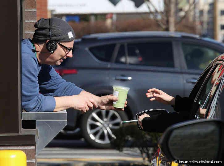 Coronavirus: Starbucks Offering Free Coffee To First Responders, Healthcare Workers