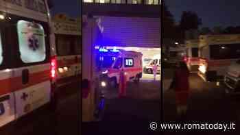 Coronavirus, in attesa fuori dagli ospedali e in tute sigillate: così cambia il lavoro per gli operatori delle ambulanze