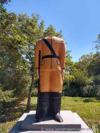 Lamentável: Estátua do cel. Genuíno Sampaio, em Sapiranga, volta a ter cabeça quebrada por vândalos - Jornal Repercussão