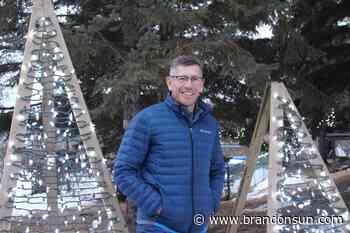 Neepawa making spirits bright - Brandon Sun