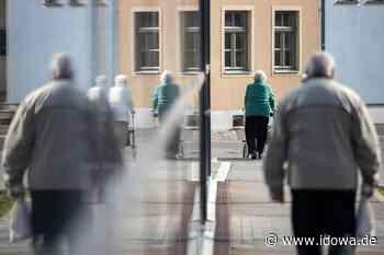 "Deggendorf: Seniorenhilfe spendet 10.000 Euro an ""Deggendorf hilft"" - Plattlinger Anzeiger"