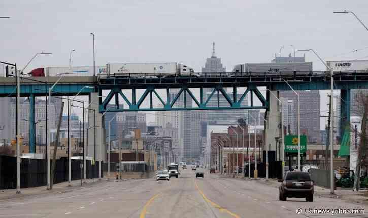 Detroit mayor sounds statewide alarm as coronavirus cases surge