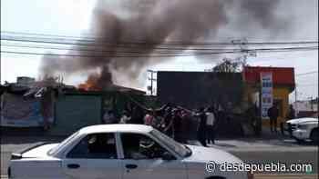 Se quemó una casa sobre la Amozoc-Acajete antes del puente de la pista - DesdePuebla