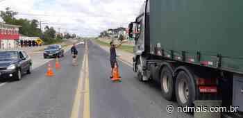 Voluntários distribuem lanches para caminhoneiros em Barra Velha - ND - Notícias