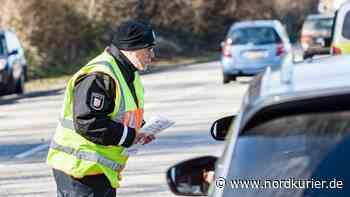 Polizei weist wegen Einreiseverbots 740 Fahrzeuge ab - Nordkurier