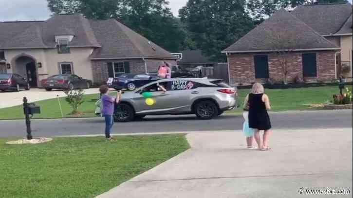 Deputies help celebrate little girl's birthday amid COVID-19 pandemic