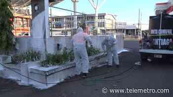 """Los """"cazaCOVID-19"""" en Santiago de Veraguas iniciaron una limpieza profunda de las calles - Telemetro"""