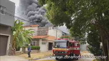 Voraz incendio en una fábrica de Florida Oeste - Zona Norte Diario OnLine