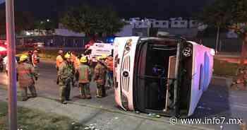 Vuelca camión de ruta La Playa por jugar carreritas; hay 11 lesionados - INFO7 Noticias