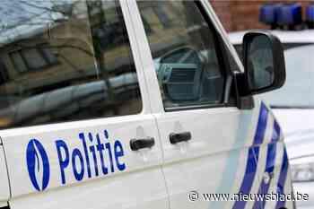 Duo reageert agressief op politiecontrole in Aalst: vrouw schreeuwt dat ze corona heeft en spuwt naar agenten