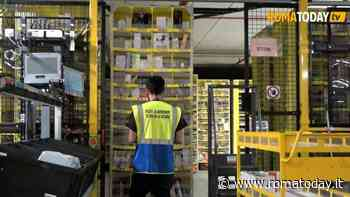 "Coronavirus, lavoratrice Amazon positiva. I sindacati: ""Stop lavorazioni non necessarie"""