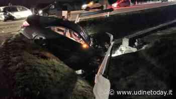 Incidente lungo la regionale 56, un'auto finisce nel fosso: cinque feriti - Udine Today