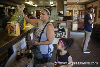Community offers groundswell of support to help San Antonio area restaurant stay open - San Antonio Express-News