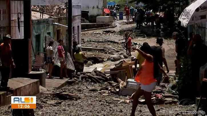 Nível do Rio Ipanema baixa, mas bombeiros seguem em alerta em Santana do Ipanema, AL - G1