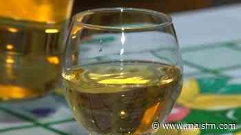 Consumo frequente de bebidas alcoólicas durante isolamento pode piorar sintomas da ansiedade e da depressão - MaisFM
