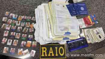 Homem é preso por falsificação de documentos em Acopiara - MaisFM