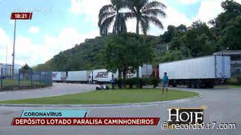 Comércio fechado paralisa transporte de cargas em Duque de Caxias (RJ) - R7