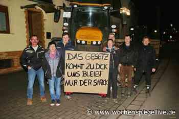 Bauern-Proteste erreichen Kirn Kirn Stadt. Ein Dutzend Bauern ist Samstagabend samt Traktoren nach Kirn gefahren - WochenSpiegel