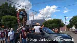 Imagem do Senhor do Bonfim percorre ruas de Icó para bênção especial - Blogs Diário do Nordeste