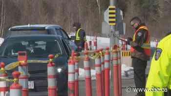 Edmundston border checkpoint stops travellers moving home, buying beer - CBC.ca