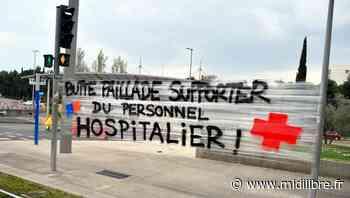 Montpellier : Coivid-19,les supporters déploient une banderole devant l'hôpital - Midi Libre