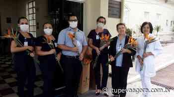 Doação de flores emociona profissionais do Hospital São Vicente - Itupeva Agora