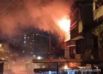 Investigan las causas de un incendio dentro de una vivienda en Sabaneta - Alerta Paisa