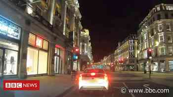 Timelapse: The streets of London during the coronavirus pandemic - BBC News