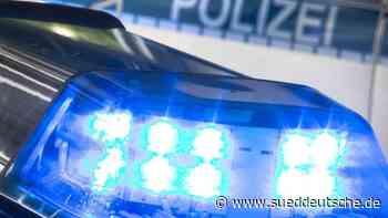 17 beschädigte Fahrzeuge wegen Reifenplatzer - sueddeutsche.de