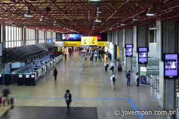 Aeroporto de Guarulhos é desinfectado contra coronavírus - Jovem Pan