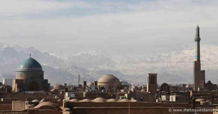 Iran e Marocco tra allucinazioni, presagi e maschere grottesche