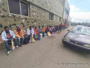 Ejercito detiene a varios taxistas por transportar indocumentados hacia Dajabón - El Caribe