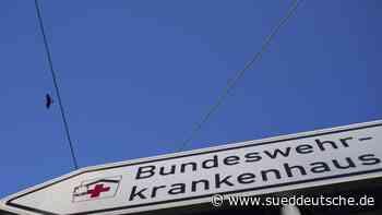 Erkrankte Italiener von der Bundeswehr nach Hamburg geflogen - Süddeutsche Zeitung