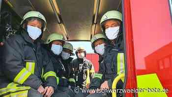 Hechingen: Coronavirus: Feuerwehr mit Trigema-Masken ausgerüstet - Hechingen - Schwarzwälder Bote