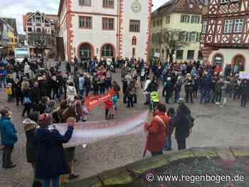 """Kreisstadt braucht Kreissaal"" - Regenbogen"