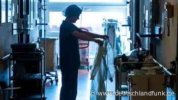 Newsblog zu Covid-19 +++ Größtes Krankenhaus in Potsdam schließt wegen Häufung von Corona-Infizierten +++ - Deutschlandfunk