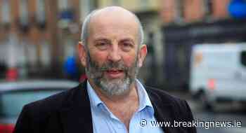 Danny Healy-Rae urges Coveney to save charity air ambulance - BreakingNews.ie