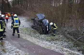 Kirchberg an der Murr / Affalterbach: Unfall wegen Eisglätte: Auto bleibt seitlich liegen - Zeitungsverlag Waiblingen - Zeitungsverlag Waiblingen