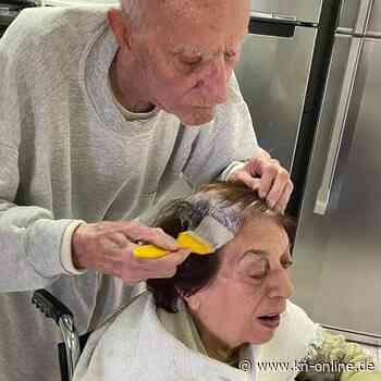 Liebe in Corona-Zeiten: 92-Jähriger färbt seiner Frau selbst die Haare