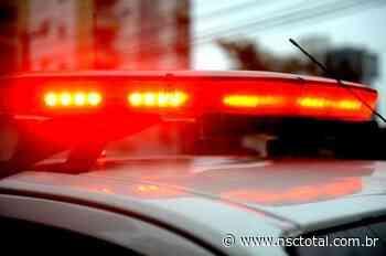 Polícia investiga assassinato de homem na estrada Rio do Morro, em Araquari | NSC Total - NSC Total