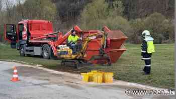 Schadstoffeinsatz - 200 Liter Öl flossen in Eschenau aus - NÖN.at