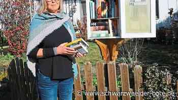 Hechingen: Mit Buch durch die Max-Planck-Straße - Hechingen - Schwarzwälder Bote