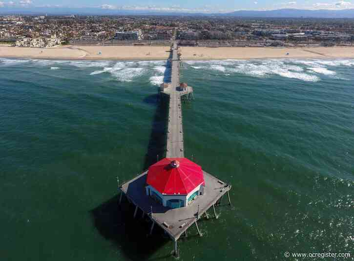 Look how eerily empty Southern California beaches have looked