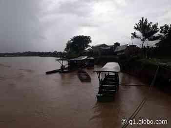 Rio Tarauacá tem vazante, mas segue acima da cota de alerta no interior do Acre - G1