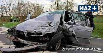 Marwitz - Autos prallen frontal aufeinander – Fahrer wird schwer verletzt - Märkische Allgemeine Zeitung