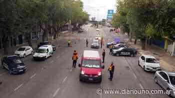 Coronavirus en Mendoza: multa de $22.750 y secuestro del vehículo en Ciudad por circular sin autorización - Diario Uno