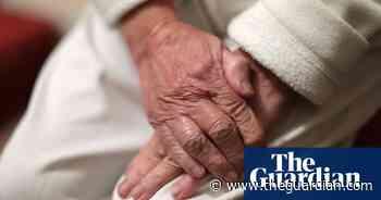 UK care home bosses threaten to quit over return of coronavirus patients - The Guardian
