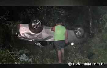 Pailynho Paixão sofre acidente de carro em Passagem Franca-PI - ToNaMidia