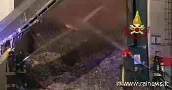 Montebello Vicentino (VI), in fiamme un deposito di rifiuti - TGR – Rai