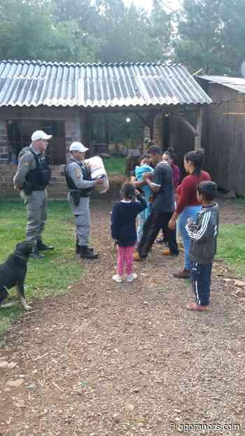 Brigadianos doam cestas básicas para famílias carentes em Canela - Agora no RS